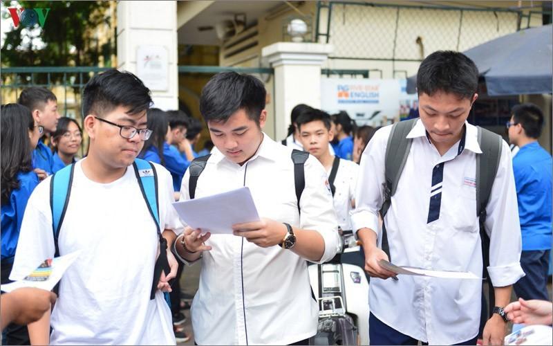 Tuyen sinh 2020: Can nhac dang ky de co hoi trung tuyen Dai hoc cao