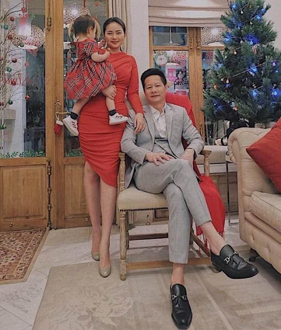 Phan Nhu Thao xay biet thu go 800 m2 mang ten con gai ruou-Hinh-2