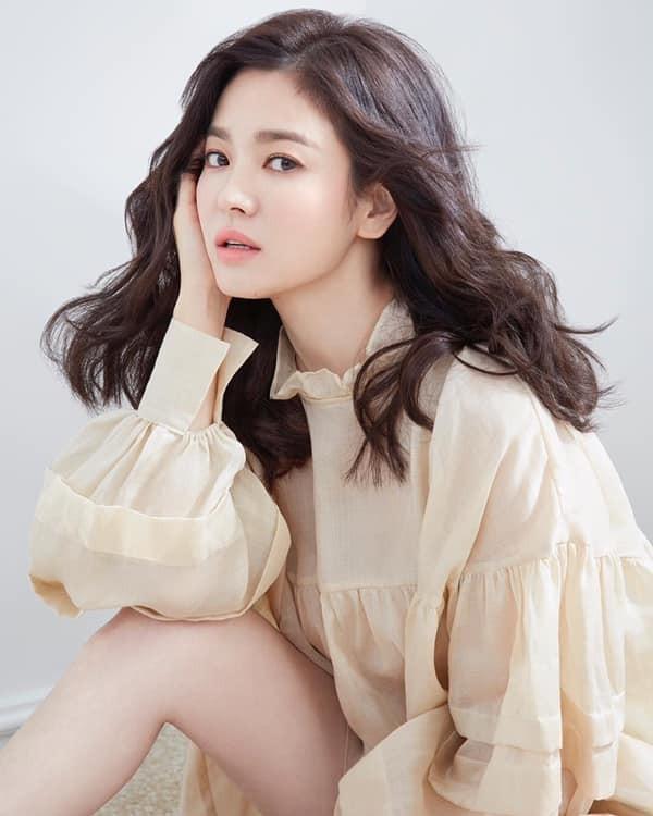 Hau ly hon, Song Hye Kyo cuc tre dep voi bo anh thoi trang sanh dieu-Hinh-11