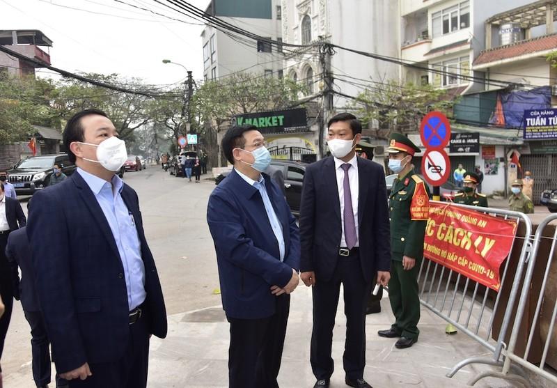 Bi thu Thanh uy Vuong Dinh Hue yeu cau tim nguon lay cuaBN 2.229