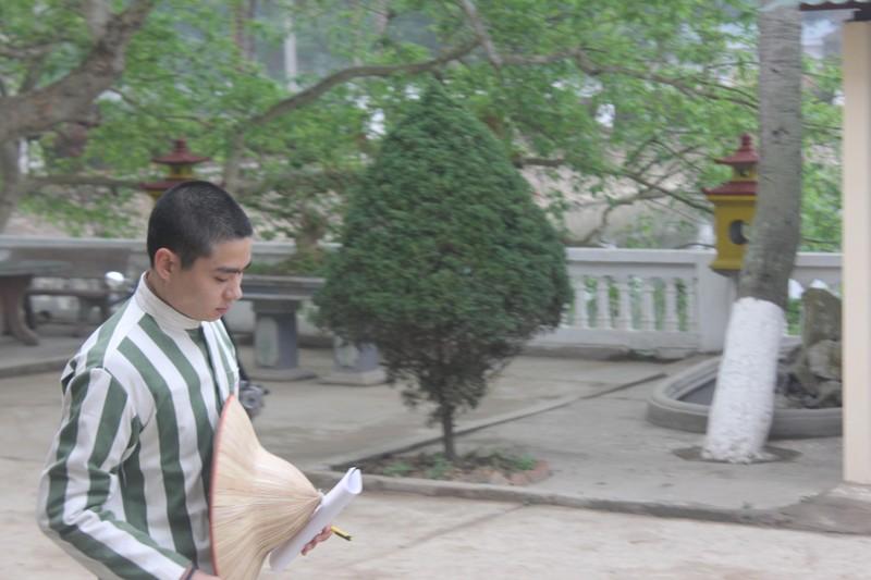"""""""Bo cau dua thu"""" cho cha - con Le Van Luyen o trong trai giam-Hinh-2"""