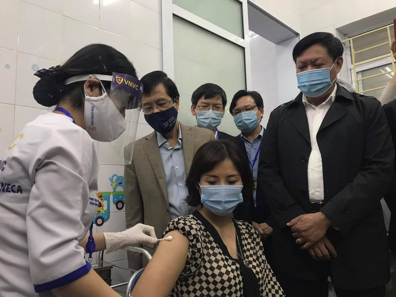 Hom nay o Ha Noi, Hai Duong, TP HCM, ai duoc tiem vac-xin phong COVID-19?-Hinh-3