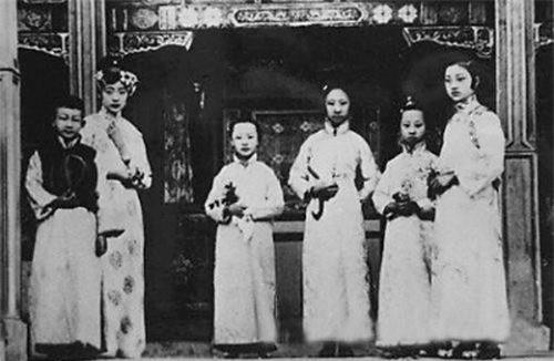 So phan phi tan trieu dai phong kien Trung Quoc cuoi cung-Hinh-2
