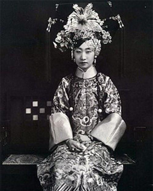 So phan phi tan trieu dai phong kien Trung Quoc cuoi cung-Hinh-4