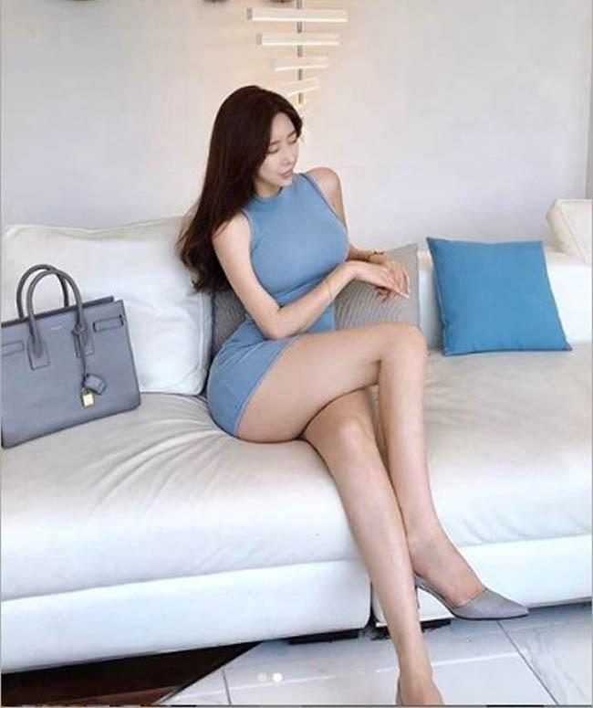 """Dai hot girl Han Quoc"" chuong trang phuc khoe vong 1 nong bong-Hinh-6"