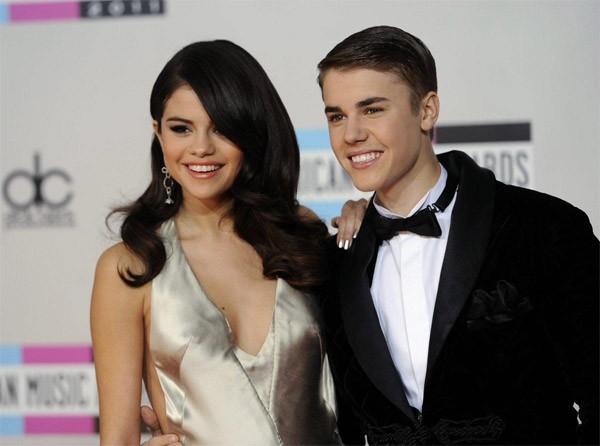 Selena Gomez khuyen Justin Bieber khong dang anh ban gai moi-Hinh-2
