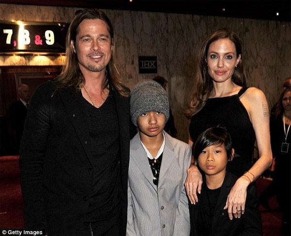 Brad Pitt khong chiu ky don ly hon Angelina Jolie-Hinh-2