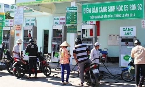 """Khai tu"" xang A92: Chat vat lo xang sinh hoc thay the"
