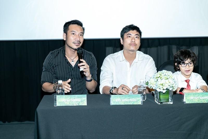 Cat Phuong - Kieu Minh Tuan hanh dong la khi dong phim chung-Hinh-5