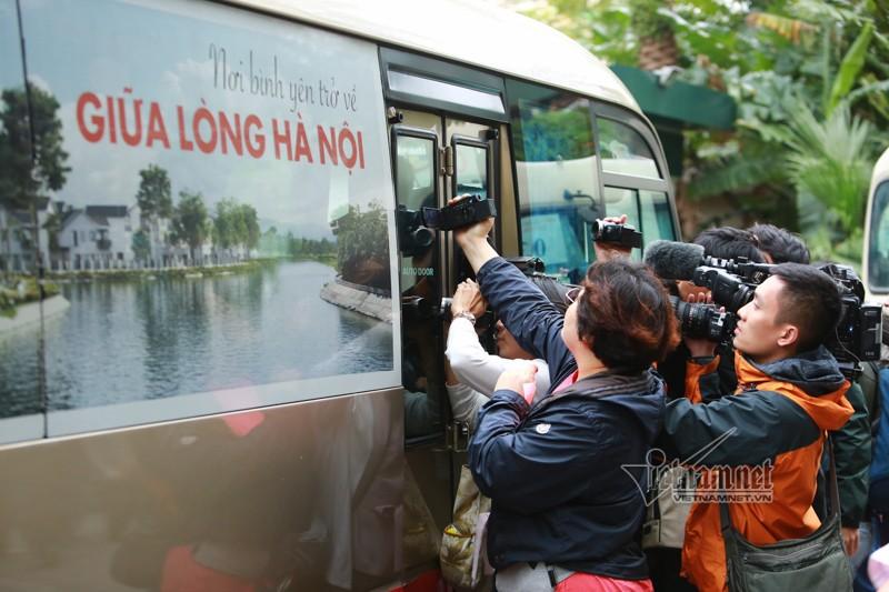 Doan tien tram Trieu Tien ve khach san o Ha Noi-Hinh-6