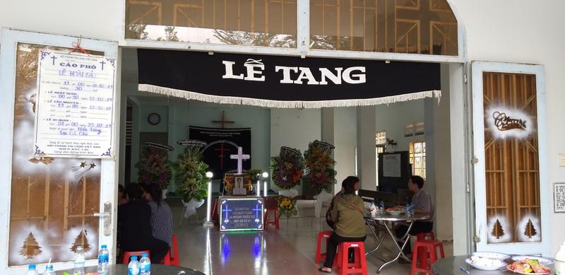 Loi cau xin cua me cua nghi pham giet nguoi vi tuong bat coc