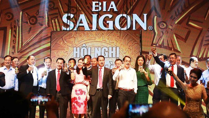 Sabeco ky hop dong thu viec hai lan: Chieu tro hong de sa thai nguoi lao dong?