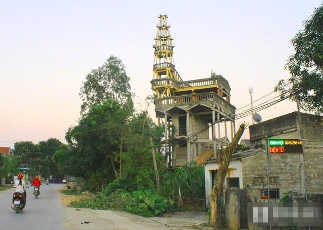 Can canh toa thap 9 tang ky di ma lao nong tu xay-Hinh-3