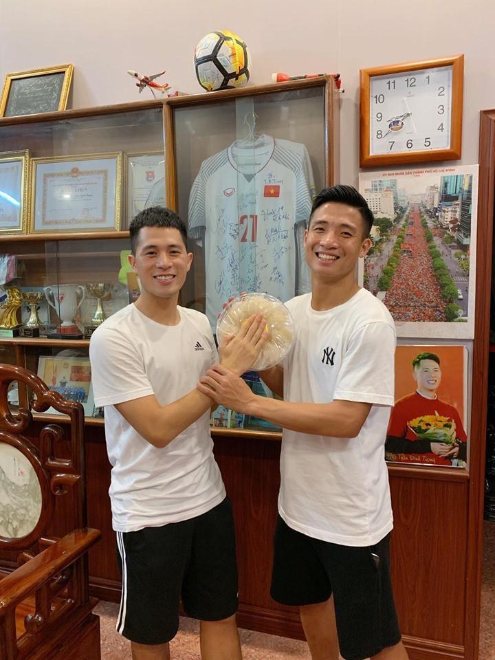 Bui Tien Dung chuan bi lam le an hoi, nhung nguoi nay lai vang mat-Hinh-3