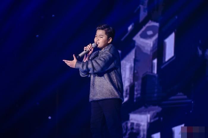 Su co tai hai, MC Nguyen Khang cong bo nham Quan quan Giong hat Viet nhi-Hinh-3