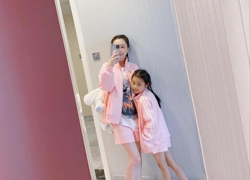 Ly Tieu Lo quyet dinh mo shop quan ao online-Hinh-3