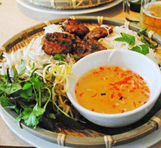 Tai sao Tong thong My Obama chon an bun cha Viet Nam?-Hinh-2
