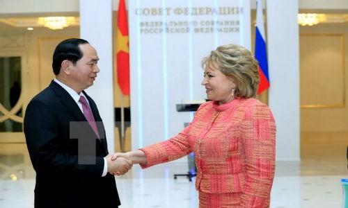 Chu tich nuoc Tran Dai Quang hoi kien Chu tich Hoi dong Lien bang Nga