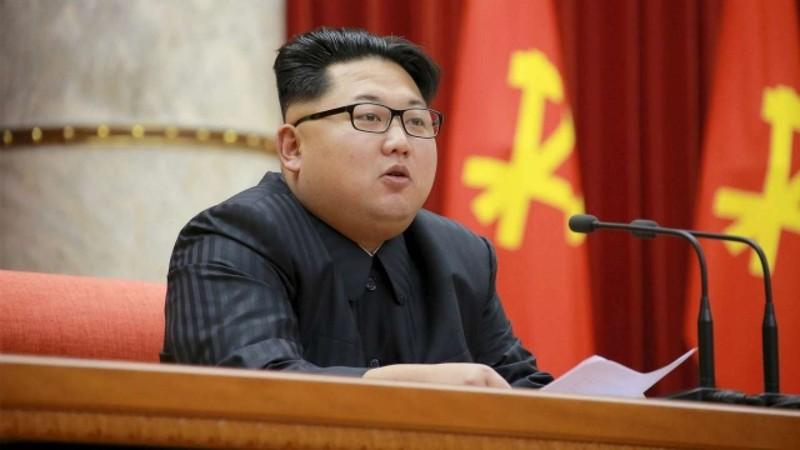Cong du nuoc ngoai, ong Kim Jong-un gay bat ngo the nao?