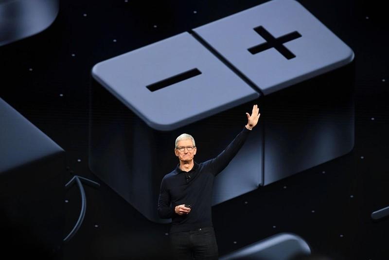 iPhone sap het thoi, Apple se lam phim, ban bao?-Hinh-2