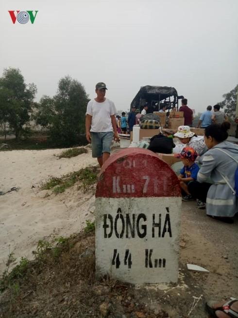 Xe giuong nam chay rui, hanh khach hoang loan-Hinh-3