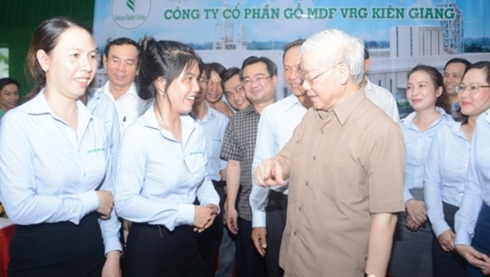 Hinh anh Tong bi thu, Chu tich nuoc lam viec tai Kien Giang-Hinh-6