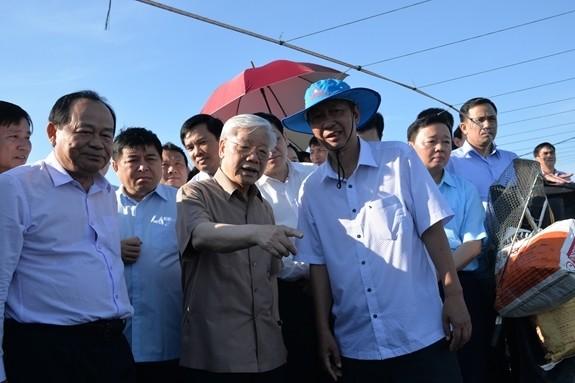 Hinh anh Tong bi thu, Chu tich nuoc lam viec tai Kien Giang-Hinh-7