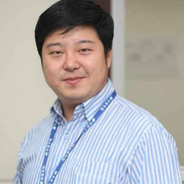 Trung Quoc: Vo quan chuc to chong co 60 nguoi tinh-Hinh-2
