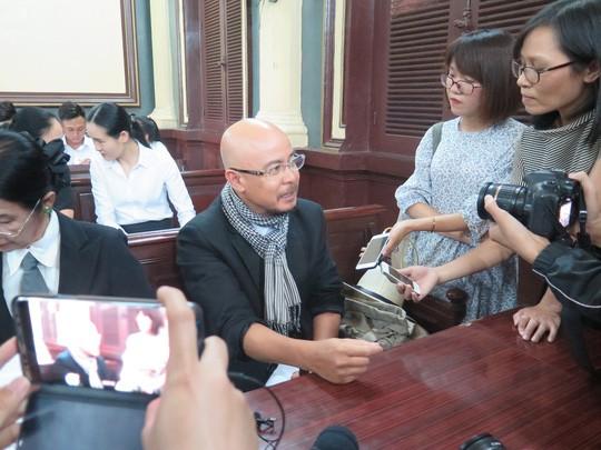 Ba Le Hoang Diep Thao va ong Dang Le Nguyen Vu co phai dong an phi 8 ti dong?