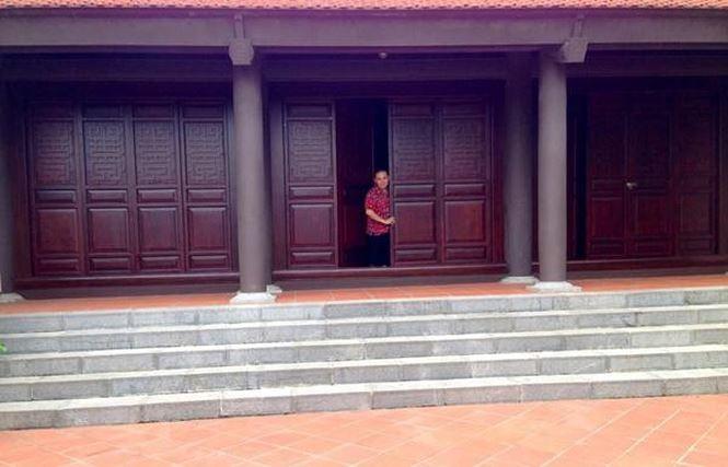 Choang voi khoi bat dong san do so cua nghe si hai Xuan Hinh-Hinh-11