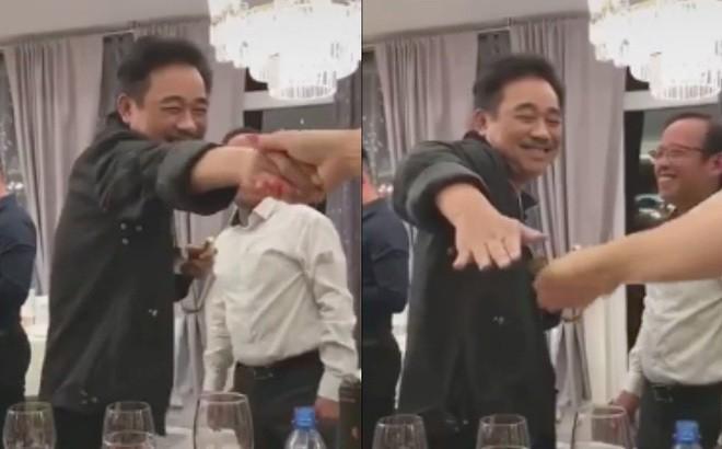 """Ngoc Hoang"" Quoc Khanh khien dan mang phat sot vi kieu bat tay moi"