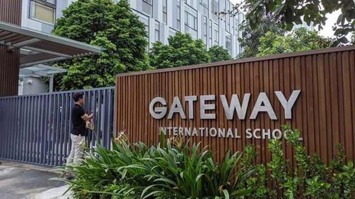 Vu truong Gateway: Giao vien chu nhiem biet hoc sinh vang nhung khong thong bao