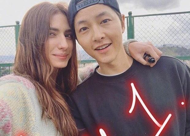 Hau ly hon, Song Hye Kyo chia se anh don Tet doc than dau tien-Hinh-2