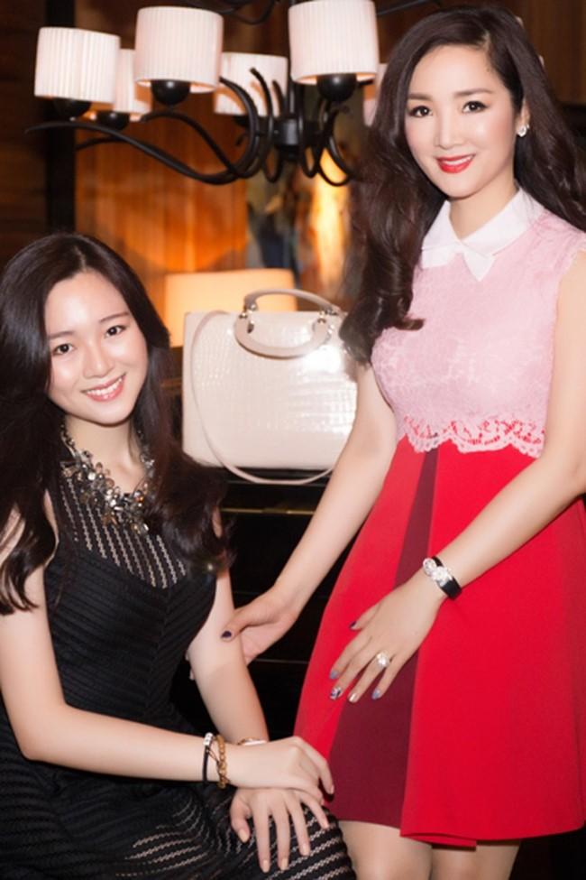 Bat ngo nhan sac xinh dep cua Anh Sa - con gai Hoa hau Giang My-Hinh-3
