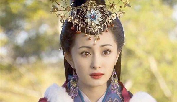 Khong he co hinh the chuan, my nhan Vuong Chieu Quan thuc chat co co the xau xi?-Hinh-2