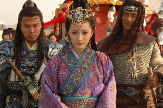 Khong he co hinh the chuan, my nhan Vuong Chieu Quan thuc chat co co the xau xi?-Hinh-3