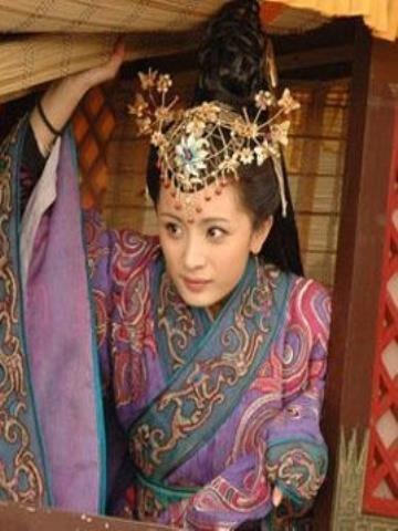Khong he co hinh the chuan, my nhan Vuong Chieu Quan thuc chat co co the xau xi?-Hinh-8