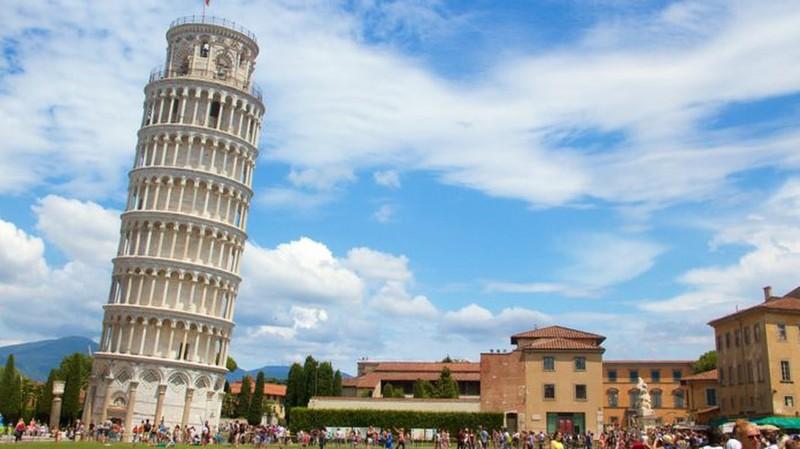 Vi sao thap nghieng Pisa mai khong the dung thang?-Hinh-2