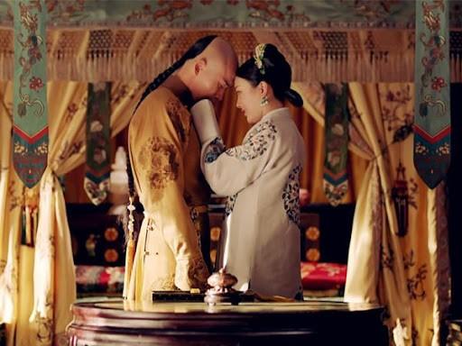 """La doi hoang de bi hoang hau """"cam sung"""" van yeu den chet-Hinh-5"""
