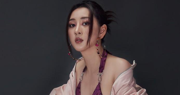 A hau Xuan Quynh he lo bien co bi me tu mat khi lan san showbiz