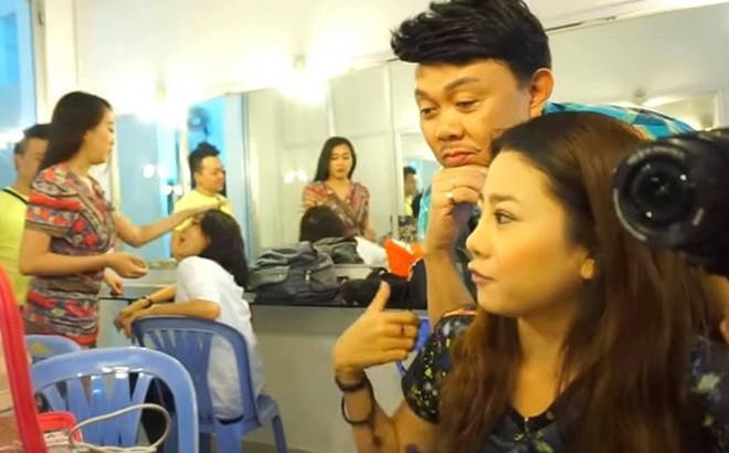 Khoanh khac hau truong cua 2 co nghe si Chi Tai va Mai Phuong