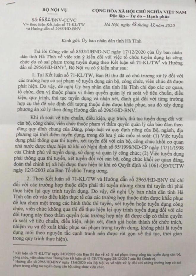 Sai pham tuyen dung 507 cong chuc, vien chuc o Ha Tinh: Bo Noi vu huong dan gi?