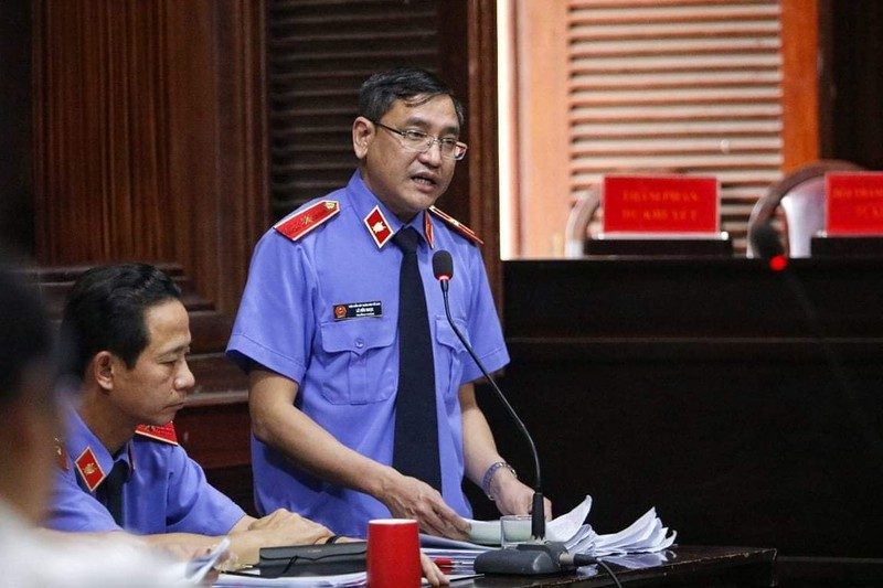 """VKS: Ong Dinh La Thang va Ut """"troc"""" chiu trach nhiem chinh"""