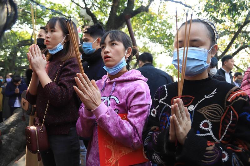 Vang ma nghi ngut, nghin nguoi chen nhau vai lay tai phu Tay Ho-Hinh-5