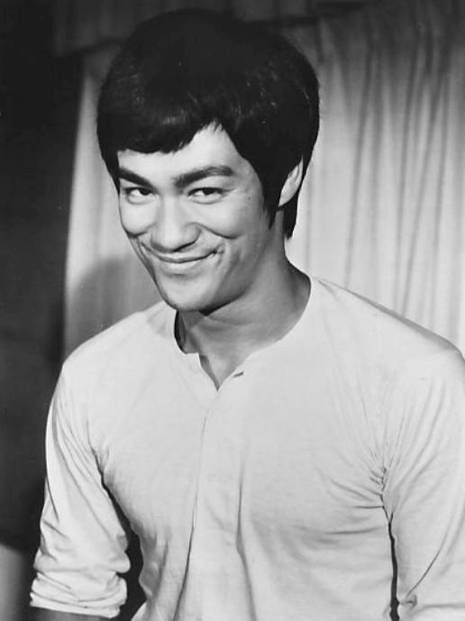 """Huyen thoai vo thuat Ly Tieu Long """"dac toi"""" Hoi Tam Hoang?-Hinh-7"""