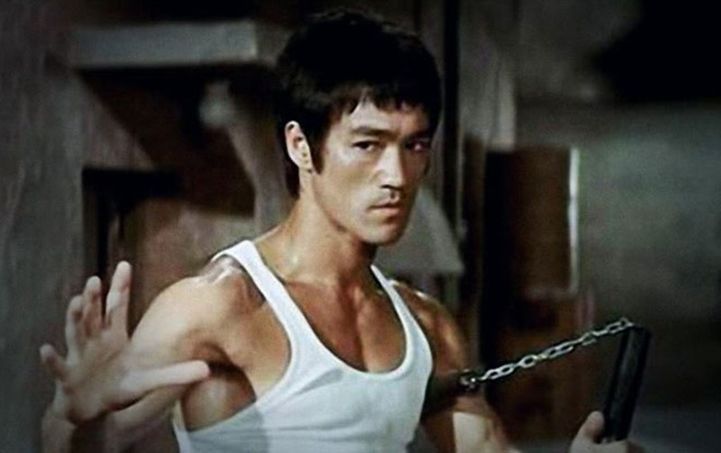 """Huyền thoại võ thuật Lý Tiểu Long """"đắc tội"""" Hội Tam Hoàng?"""
