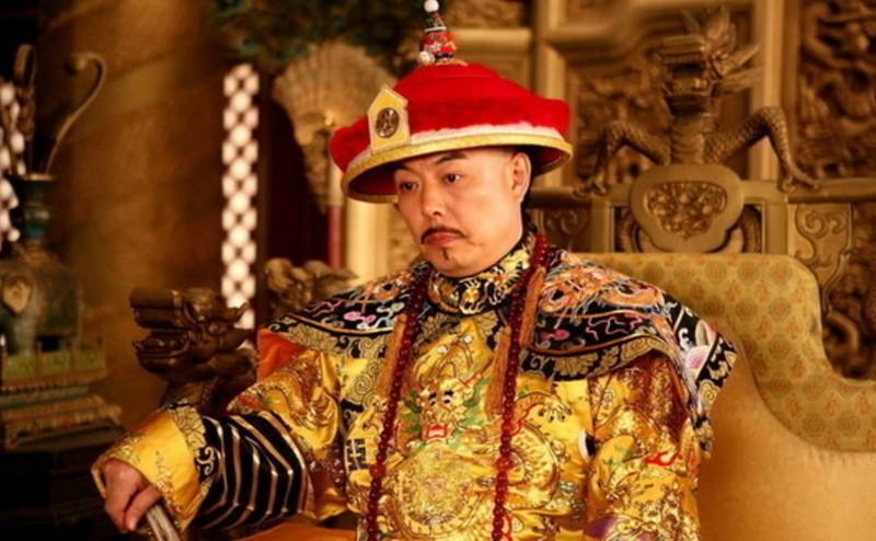 Hoang de Trung Hoa bang ha nhung vai nam sau moi duoc chon cat vi sao?
