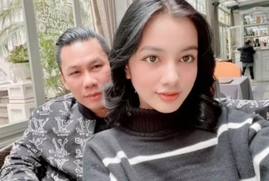 Tinh tin don cua chong cu Le Quyen cong khai tin nhan nhay cam-Hinh-2