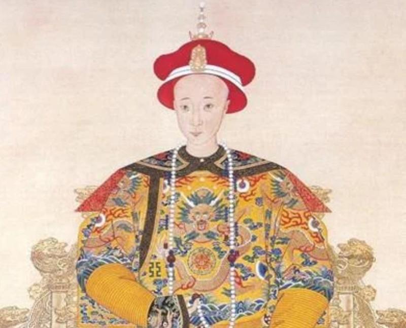 Nguoi vinh du mac long bao hoang de Trung Quoc khong bi xu toi?-Hinh-4