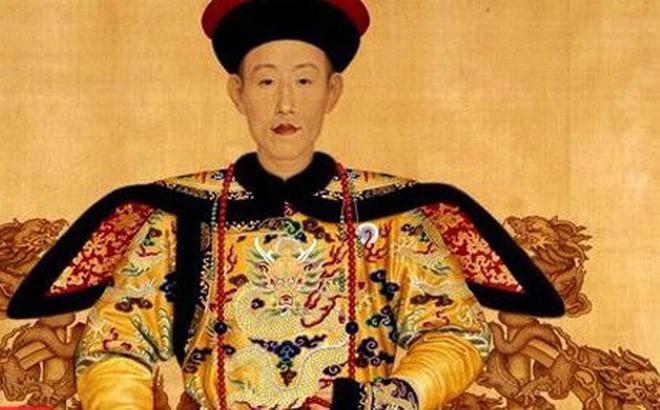 Nguoi vinh du mac long bao hoang de Trung Quoc khong bi xu toi?